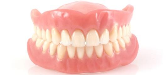 quando-trocar-dentadura-761x345